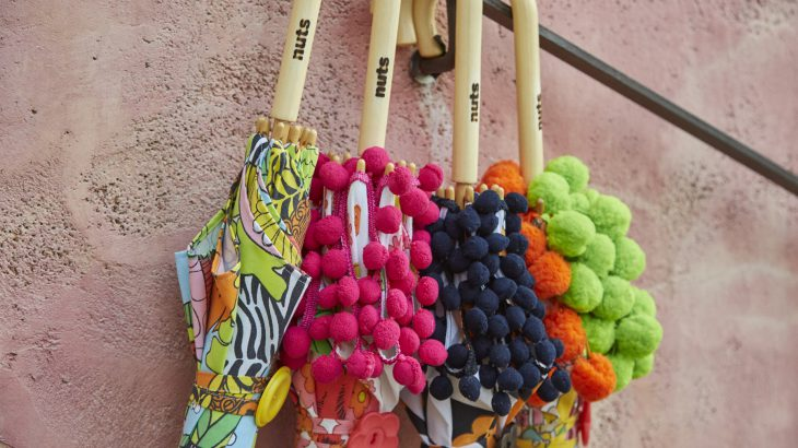 【編集長レポート】がんばるママ達が作るカラフルな日傘&雑貨ブランド「nuts(ナッツ)」≪後編≫